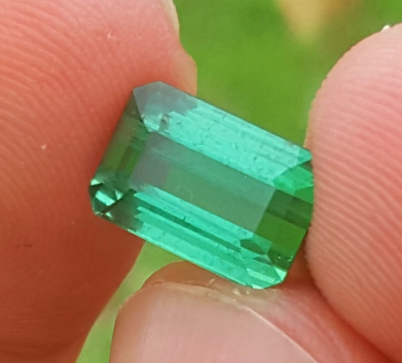 5 carats Natural Blueish Green gemstone from Afghanistan
