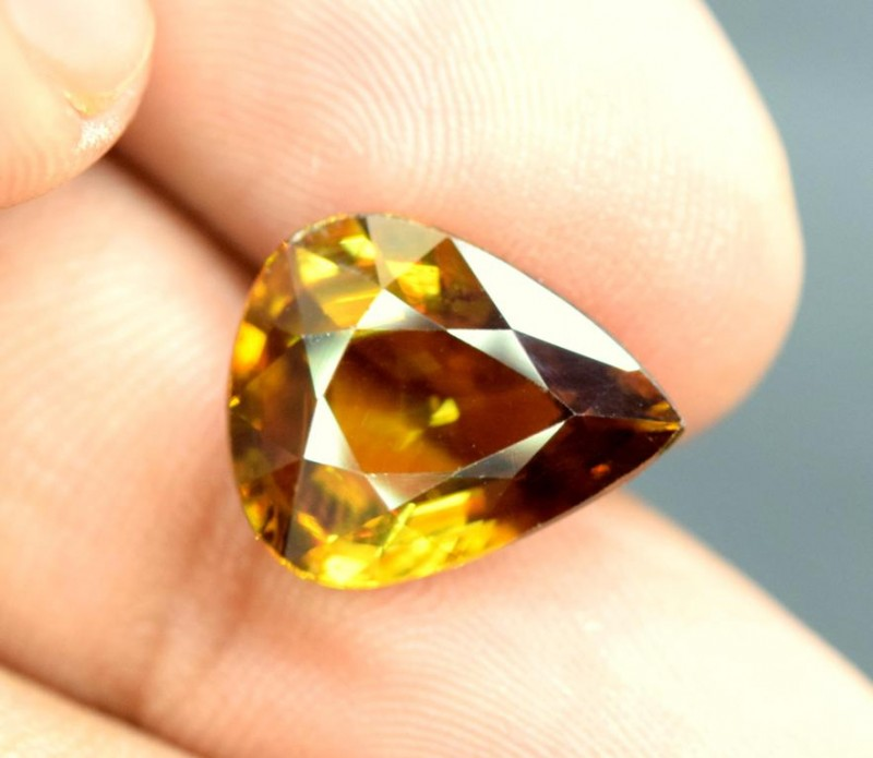 5.35  carats AAA Color Full Fire Natural Chrome Sphene from Pakistan