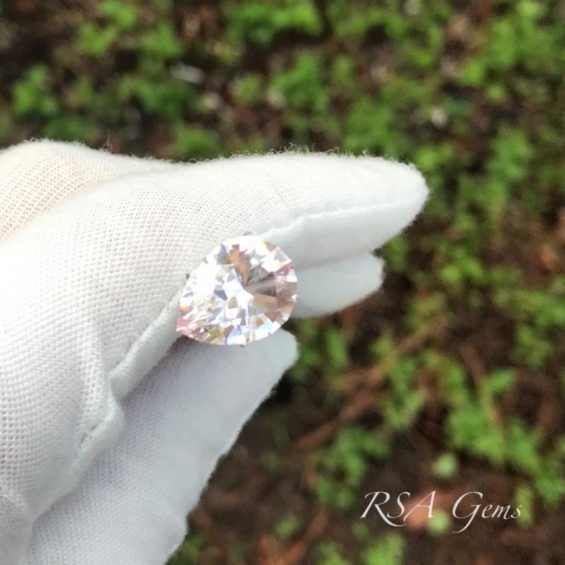 Morganite Pear - 4.43 carats