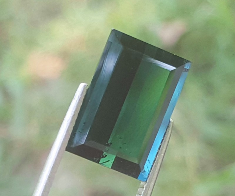 9 carats indicolite colour Tourmaline Gemstone From Afghanistan