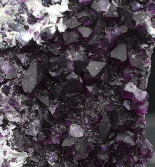 Rare Kammererite 60,3 grammes - Chrome Clinochlore - lustrous crystal clust