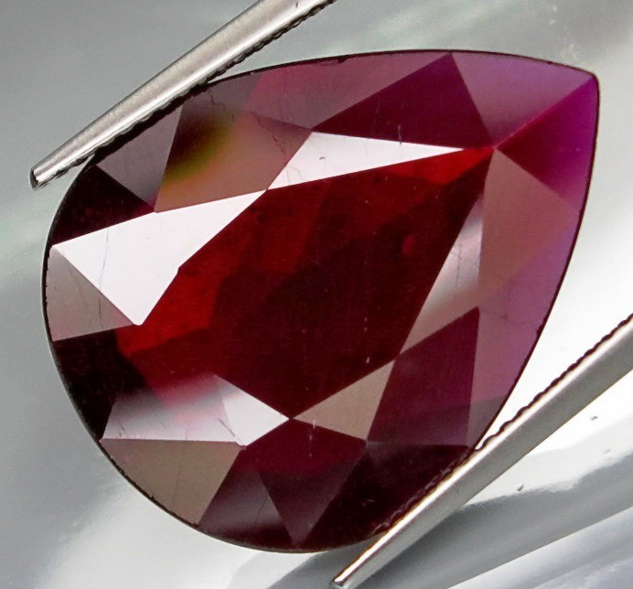 17.46 Cts Top Quality Blood Red Natural Ruby Mozambique Gem