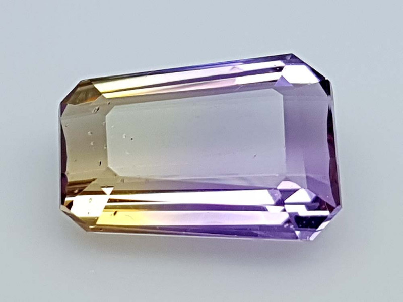 6.85CT BOLIVIAN AMETRINE BEST QUALITY STONES IGCAMCB20