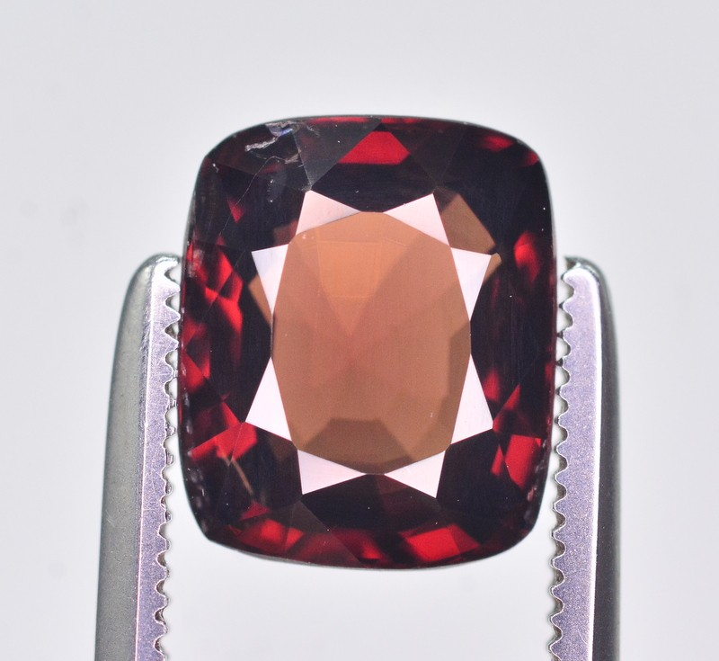 GIL Certified 2.40 Great Quality Natural Red Spinel