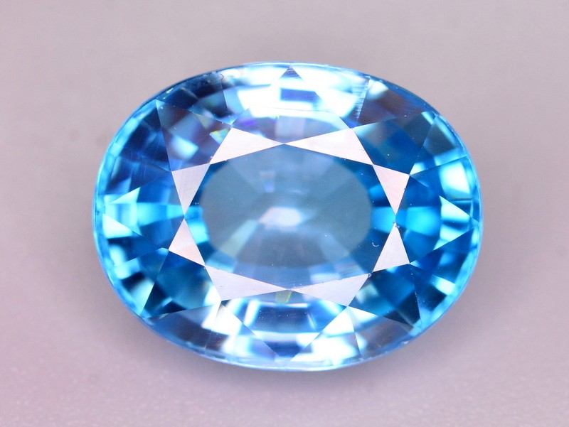 GIL Certified 8.41 Ct Gorgeous Color Natural Vibrant Blue Zircon Z1