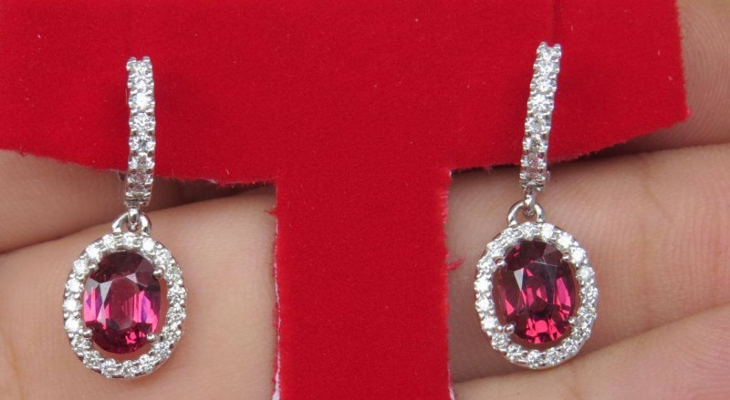 18kt White Gold Kalalani Garnet & Diamond Earrings