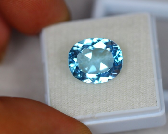 8.38ct Natural Blue Topaz Oval Cut Lot GW2100