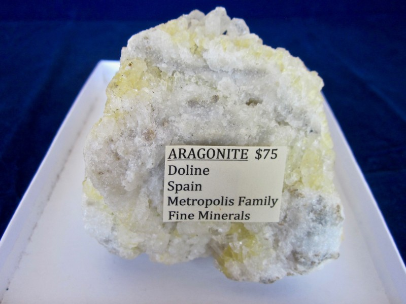 Nice Aragonite from Doline Spain 900 grams William Metropolis collection