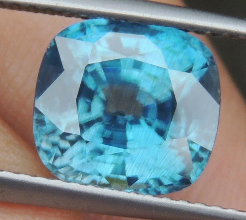 5.93cts, Blue Zircon,