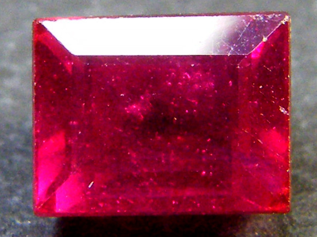 F/S CRYSTAL CLEAR VS GRADE SPARKLING REDRUBY 1.60 CTS RM 329