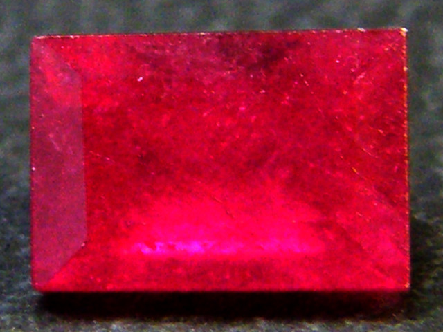 CRYSTAL CLEAR VS GRADE SPARKLING RED RUBY 2 CTS RM 331