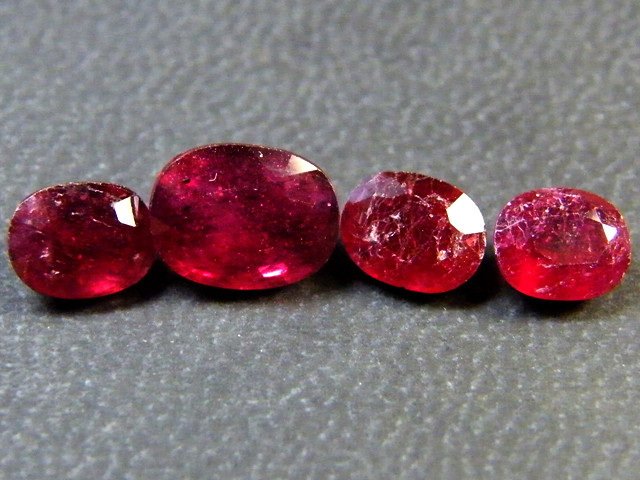 PARCEL BLOOD RED RUBIES 6.20 CTS RM 376