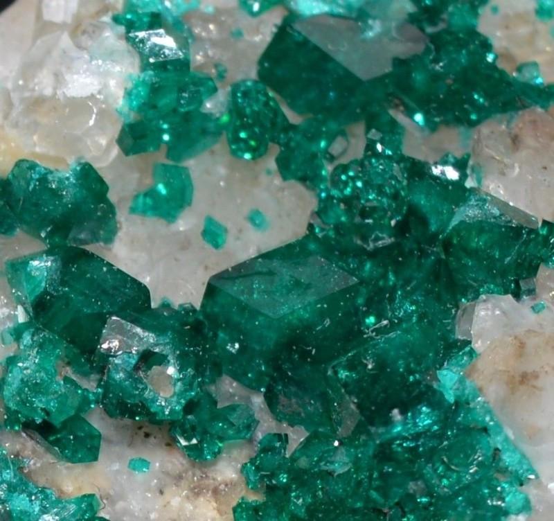 DIOPTASE 13.53 grams - Altyn-Tyube area, Kazakhstan
