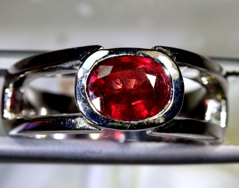 31.05 CTS - RUBY RING  SG-2711