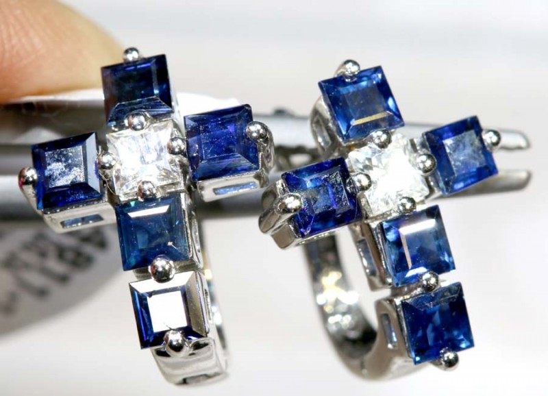 14.7 CTS - SAPPHIRE EARRING BLUE AND WHITE  SG-2715