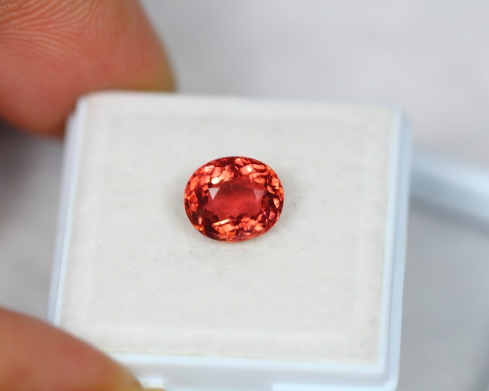 2.01Ct Pinky Red Color Tourmaline Oval Cut Lot LZB218