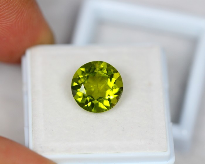 4.56Ct Green Peridot Round Cut Lot LZB221