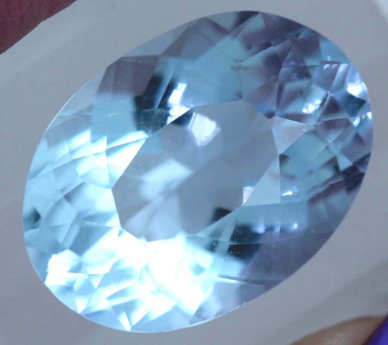 15.15- CTS  LIGHT  BLUE QUARTZ FACETED  CG-2511