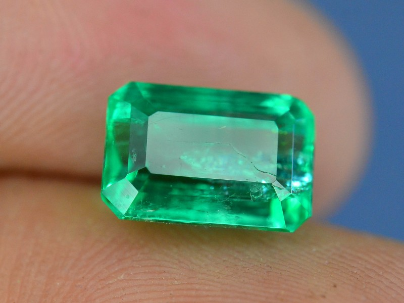 2.75 ct Natural Emerald Untreated