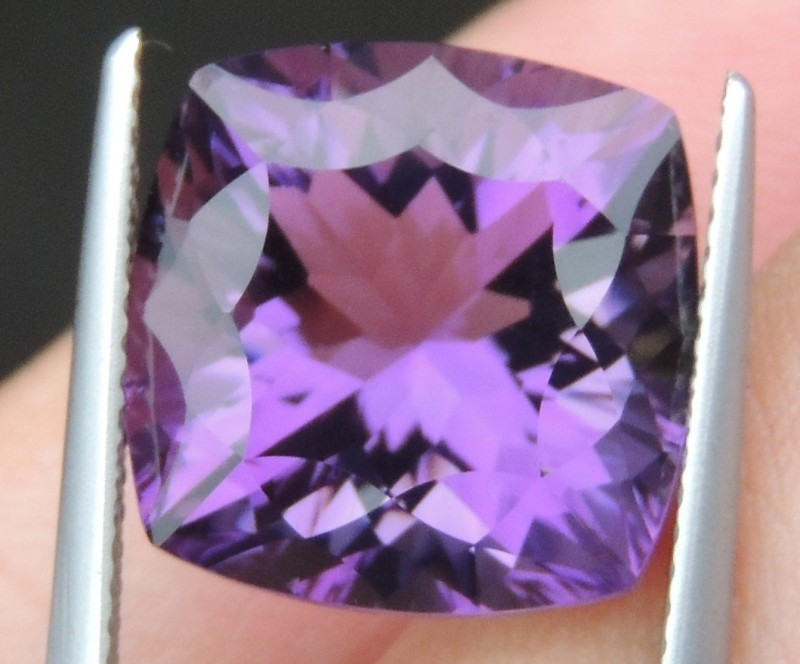 9.89cts, Amethyst,  Top Cut, Clean, Untreated, Concave