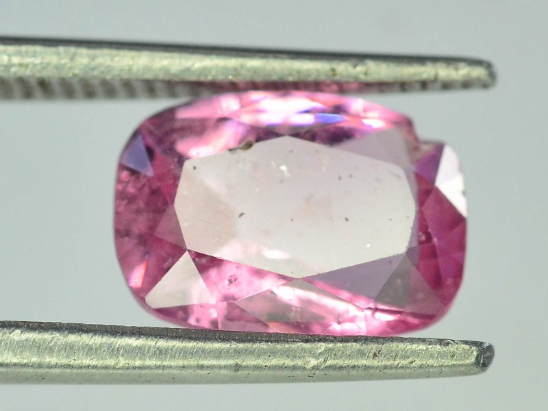 1.60 CT Untreated Sparkling Spinel
