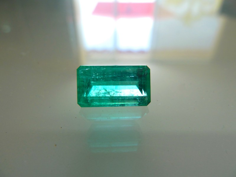 5.2ct   Colombian Emerald  Certified