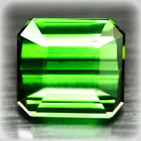 3.53 Large Emerald Green Tourmaline - Stunning - Top Grade Stone VVS