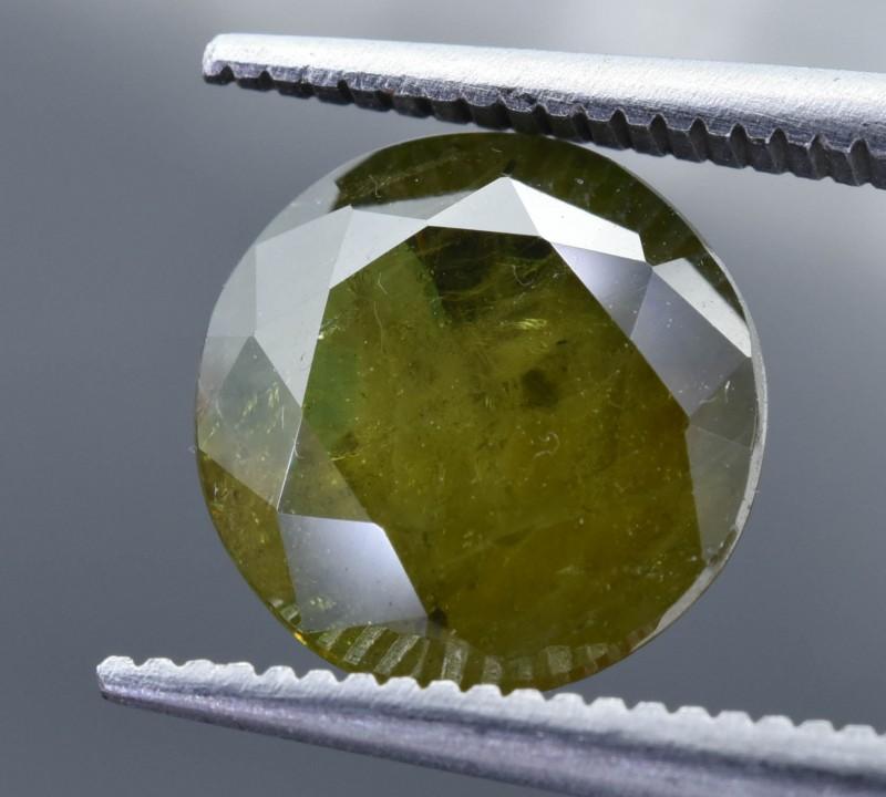 2.60 Crt  Natural Chrome Sphene Faceted Gemstone