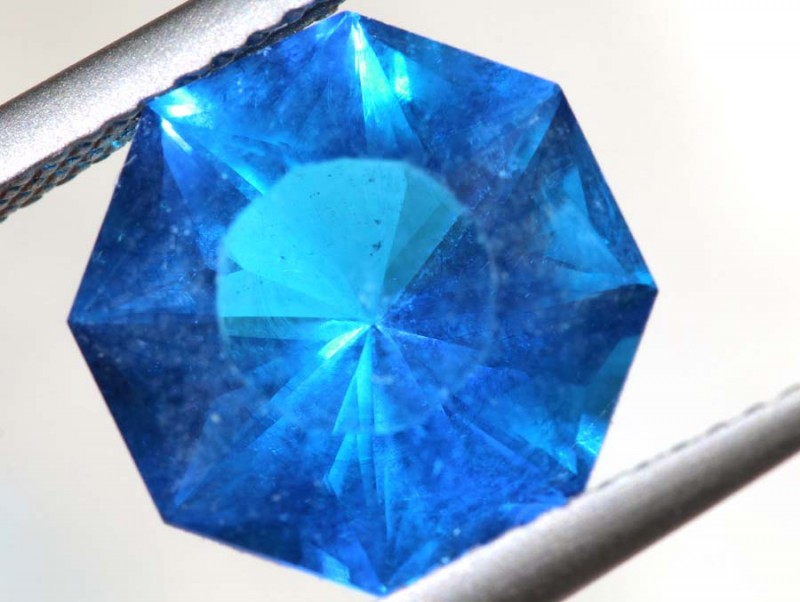 4.07- CTS  BLUE QUARTZ FACETED  CG-2565