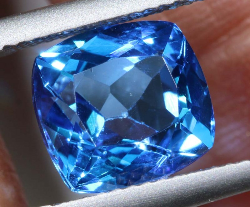 5.13-CTS  SWISS BLUE TOPAZ FACETED GEMSTONES  CG-2587