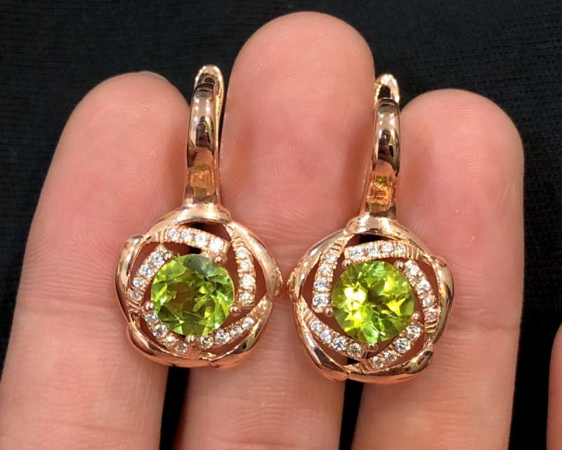 35cts Green Peridot Sterling 925 Silver Earrings
