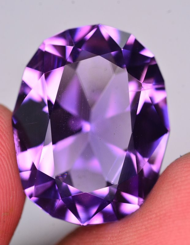 19.25 Ct Sparkling Color Natural Amethyst ~ Uruguay AM1