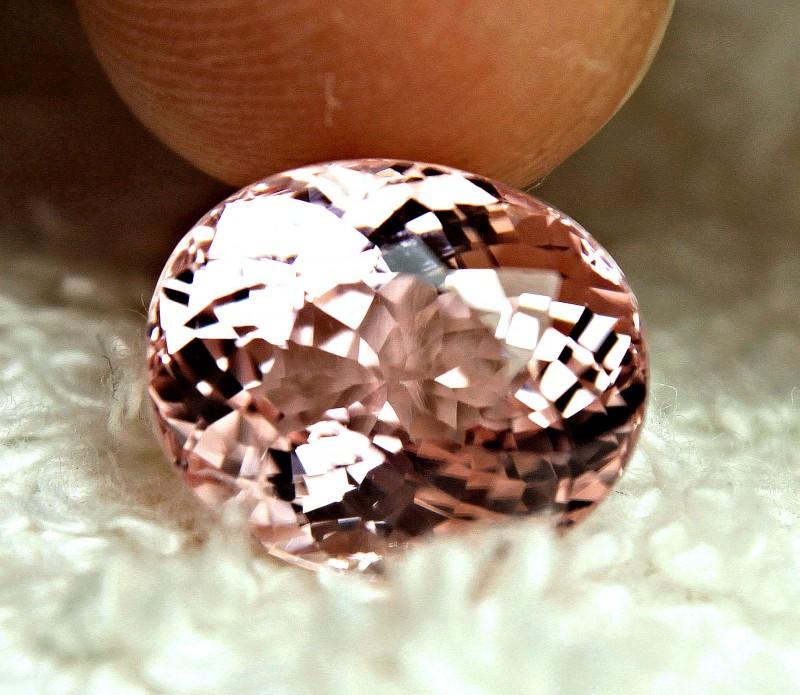 CERTIFIED - 6.40 Carat IF/VVS1 Pink African Tourmaline - Gorgeous