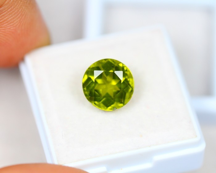 5.44Ct Natural Green Peridot Round Cut Lot LZB453