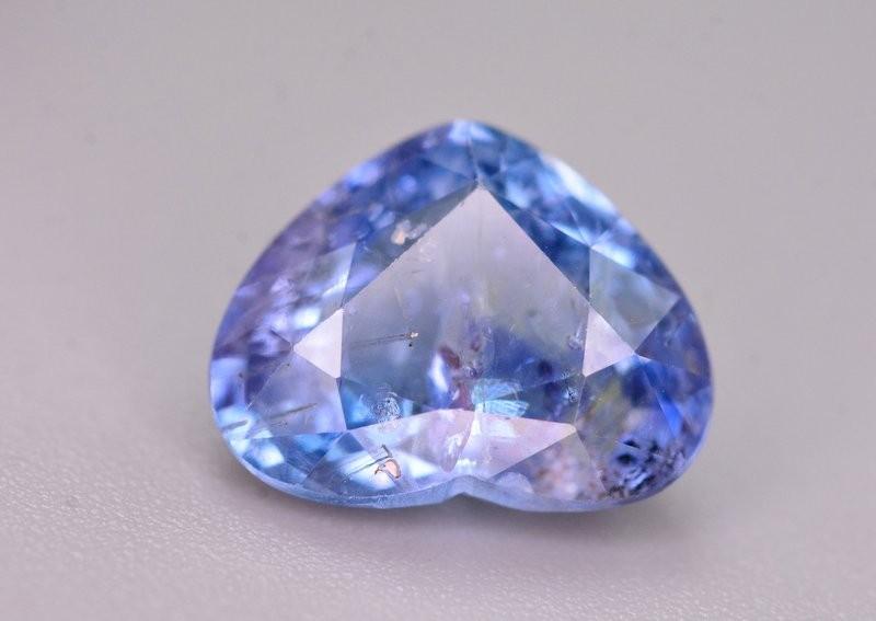 3.75 Ct Brilliant Quality Natural Ceylon Sapphire