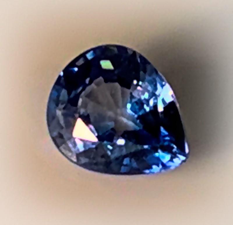 A NATURAL BLUE CEYLON  SAPPHIRE - NO RESERVE!
