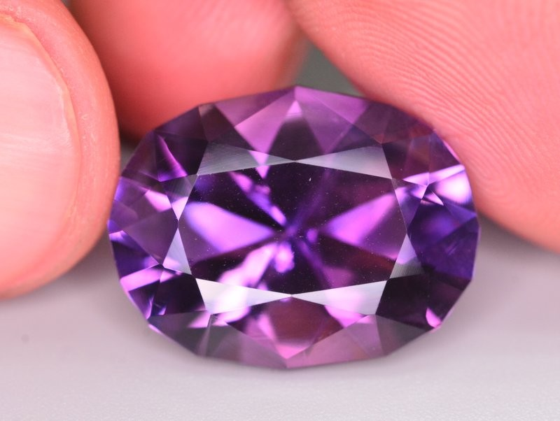 12.50 Ct Gorgeous Color Natural Amethyt ~ Uruguay AM1