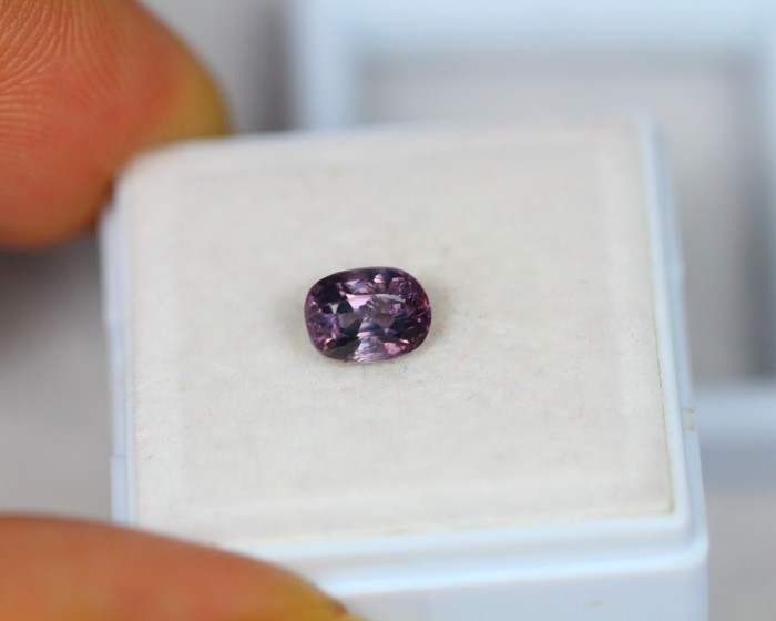 1.08Ct Natural Spinel Oval Cut Lot LZB459