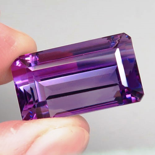 32.59 ct.  Natural Top Nice Purple Amethyst Unheated Brazil - IGE Сertified
