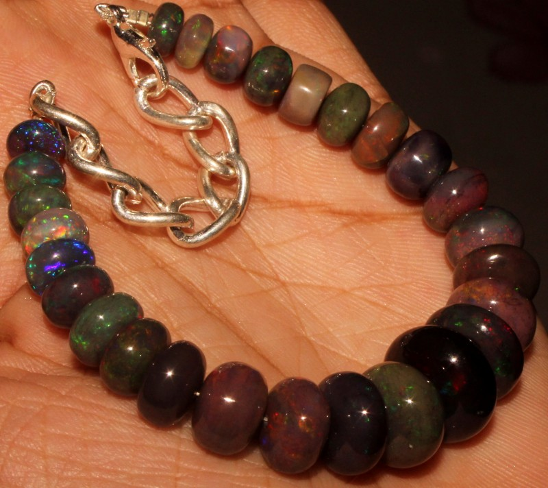 67 Crt Natural Ethiopian Fire Smoked Black Opal Beads Bracelet 0044