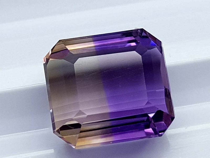 4.85CT BOLIVIAN AMETRINE BEST QUALITY STONES IGCAMCB73