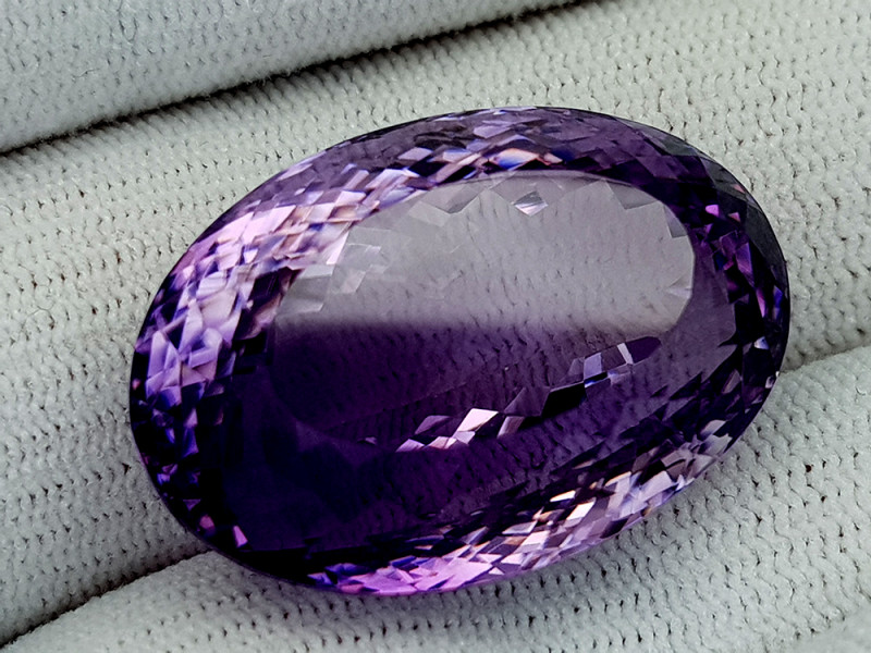 59Ct Natural Amethyst Gemstones IGCam78
