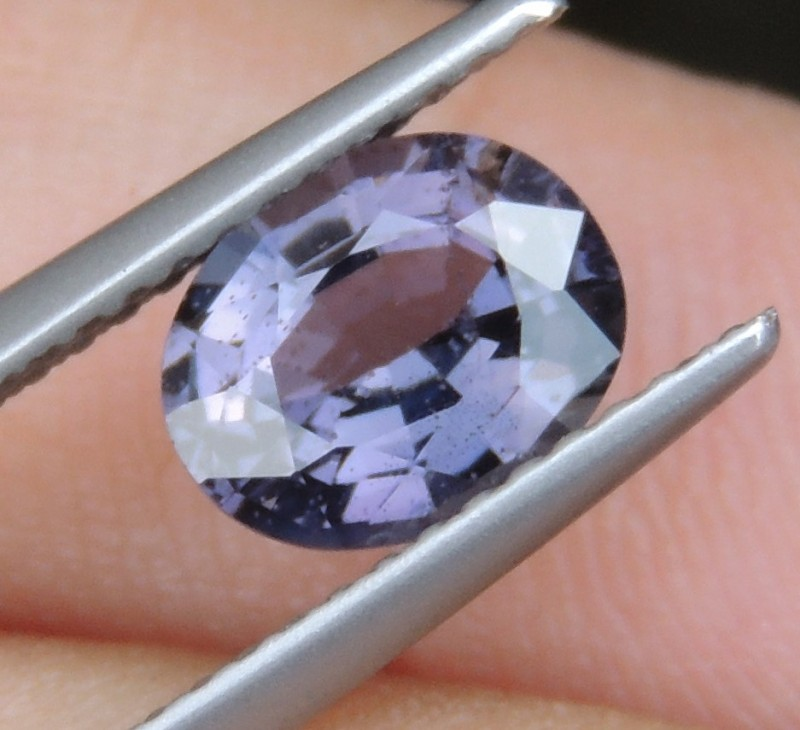 1.35cts,  Spinel ,  100% Untreated,