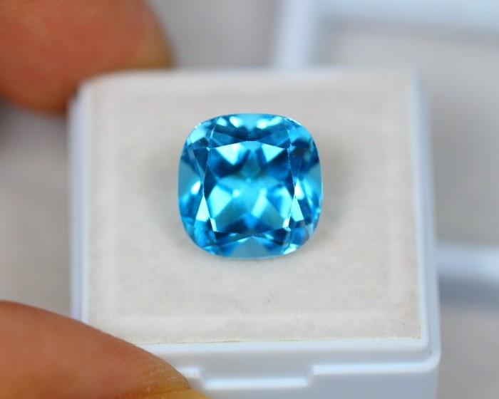 8 86ct Swiss Blue Topaz Cushion Cut Lot Lzb447