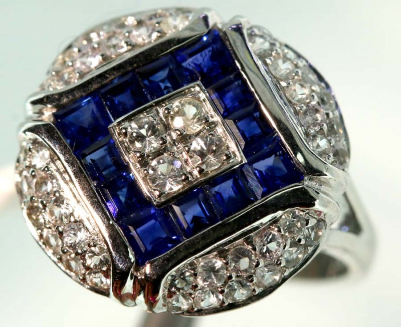 19.70-CTS SAPPHIRE RING BLUE AND WHITE   SG-2793