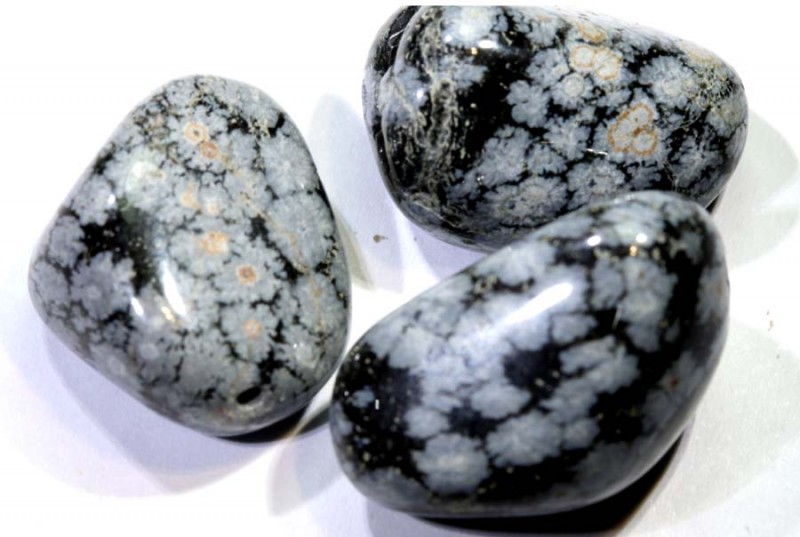 99.45CTS  SNOWFLAKE OBSIDIAN BEAD PARCEL DRILLED  NP-2565