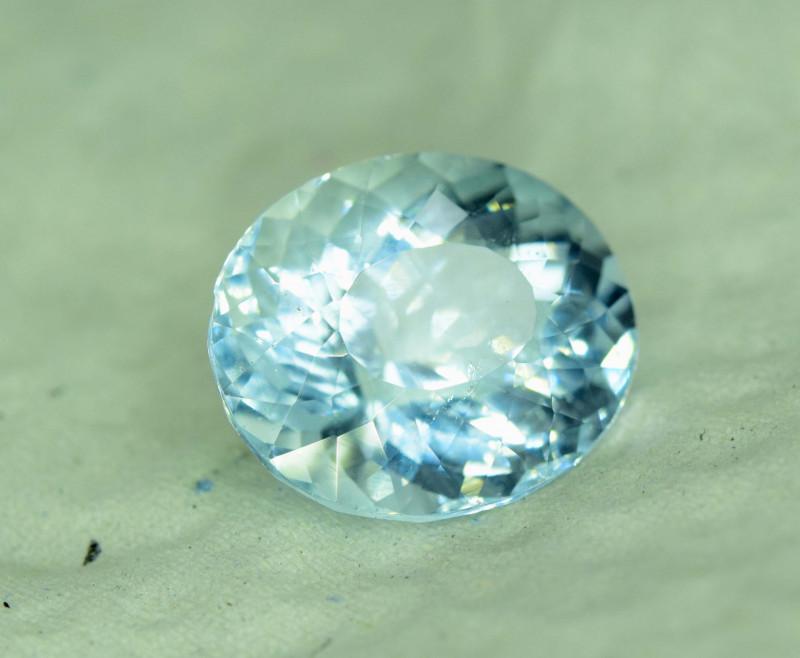 14.90 ~  Carats Class Grade Color Natural Aquamarine gemstone