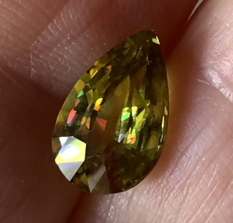 3.27ct Phenomenal Sphene - Stunning Stone - Rare find