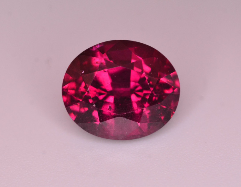 Rarest 4.10  Ct Tremendous Color Natural Umbalite Garnet
