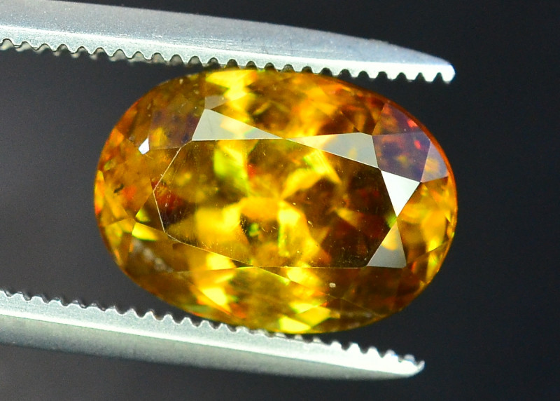 3.10 Carats AAA Fire  Natural Sphene Gemstones
